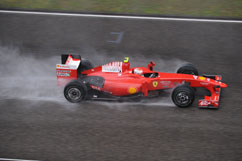 Kimi during the race