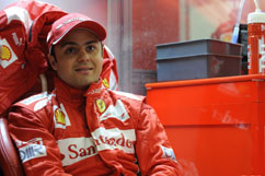 Felipe is waiting in the box