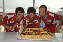 Fernando celebrating his 31st birthday